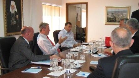 Sa jednog od ranijh sastanaka politčkih lidera, 2012.