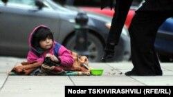 ЮНІСЕФ звертає увагу на безпритульних дітей в Україні, багато з яких стають жертвами наркоманії