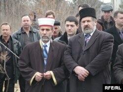 Муфтий аджи Эмирали Аблаев и Рефат Чубаров, архивное фото