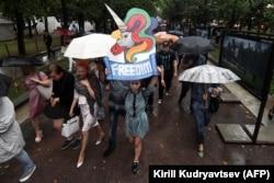 """""""Марш матерей"""" в поддержку Анны Павликовой и Марии Дубовик, август 2018 года"""