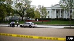 پس از ارسال نامههای سمی به مقامات و انفجار در ماراتون بوستون مارموران امنیتی کاخ سفید آمریکا را تحت کنترل بیشتری قرار دادند