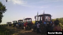 """""""Тракторный марш"""" фермеров Кубани в Москву"""