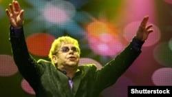Британдық поп әнші Элтон Джон.