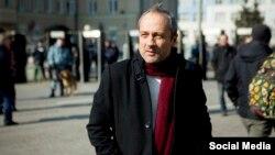 Александр Подрабинек решил распространять книгу «ФСБ взрывает Россию».