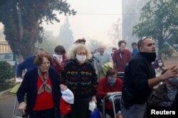 Persoane în vîrstă evacuate de la Haifa