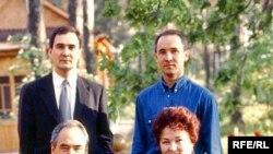 Татарстанның элекке президенты Миңтимер Шәймиев уллары Радик һәм Айрат иң бай гаиләләр исемлегендә 22 урында тора