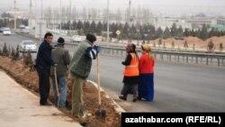 Aşgabatly işçiler