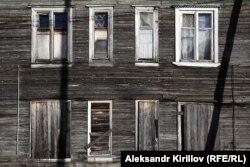 Дом Ирины Сошниковой стал аварийным за считаные годы