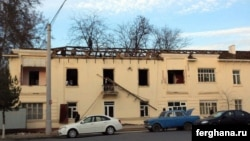"Uzbekistan - Fergana destroyed the roof of the house where people live. Photo agency ""Fergana"""