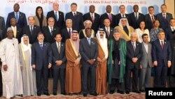 قادة الدول الإسلامية في إفتتاح قمتهم الثانية عشرة بالقاهرة