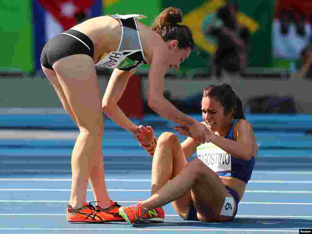 The spirit of good sportsmanship shone brightly when American runner Abbey D'Agostino (right) and her 5,000-meter-race competitor Nikki Hamblin, of New Zealand, collided and fell to the track. Instead of jumping up and continuing to race, D'Agostino stopped to help Hamblin get up. Later in the race, when the injured D'Agostino was struggling to run, Hamblin stopped and assisted her.