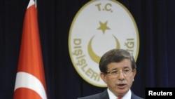 Türkiyə Xarici İşlər naziri Ahmet Davutoglu, 2 sentyabr 2011