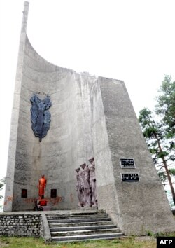 Комплекс памятника героям Второй мировой войны в Телави