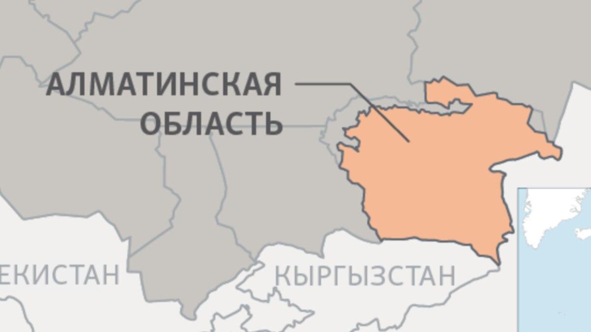 Двое полицейских погибли при наезде машины на блокпост близ Алматы