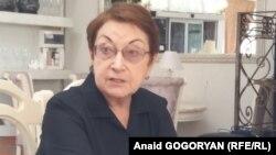 По словам Нателлы Акаба, решение покинуть Общественную палату она приняла давно