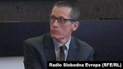 Британскиот амбасадор во Македонија, Чарлс Гарет