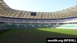 """""""Bunyodkor"""" stadionining ichki ko'rinishi."""