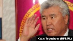 Министр культуры и спорта Казахстана Арыстанбек Мухамедиулы (в бытность ректором Казахской национальной академии искусств имени Темирбека Жургенова).