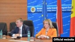 La conferința de presă de la Chișinău