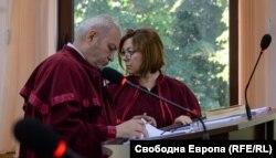 Наблюдаващите прокурори по делото Емил Петров и Наталия Станчева