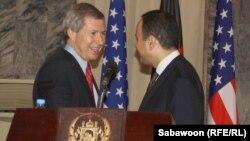 Новый сопредседатель Минской группы ОБСЕ от США Джеймс УорликДжеймс Уорлик (cлева)