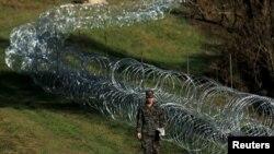 Postavljanje ograde na slovenskoj granici