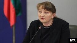 Деница Сачева, министър на труда и социалната политика