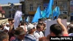 Кырымтатарлары Русия консулының китүен таләп итә