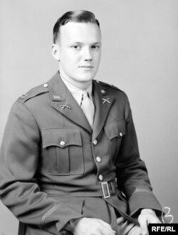 Джон Гингер-младший во время войны.
