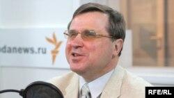 Олег Смолин убежден, что проводимая нынче работа важна, так как жизнь кончается не завтра