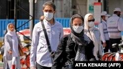 شماری از شهروندان در خیابانهای تهران