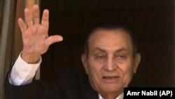 Бившият президент на Египет Хосни Мубарак почина на 91-годишна възраст.