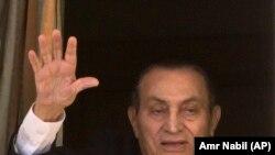 حسنی مبارک رئیس جمهوری سابق مصر
