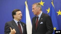 ЕУ во Брисел:Барозо, Тополанек