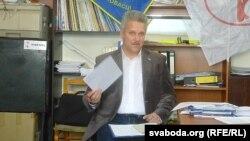 Алег Аксёнаў Лукашэнку: «Давядзецца выбачыцца за слова «дармаеды»