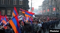 Armenia -- Opposition supporters march through central Yerevan to mark International Human Rights Day, 10Dec2010.