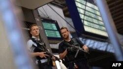 Գերմանիա - Ոստիկանությունը Մյունխենում հատուկ գործողության ժամանակ, արխիվ