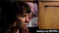 Тұрмыстық зорлық-зомбылыққа ұшыраған Оля. Шымкент, 8 желтоқсан 2014 жыл.