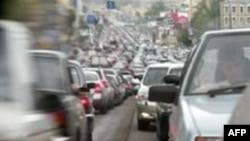 Некоторые пробки на дорогах Москвы и области создаются искусственным путем