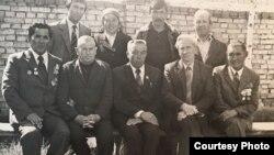 Ысык-Көл облустук партия активдери менен түшкөн сүрөт, 1970-жылдардын башы.