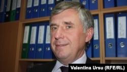 Јон Стурца
