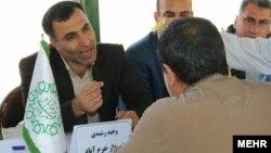 وحید رشیدی، شهردار خرمآباد، از جمله بازداشتشدگان است
