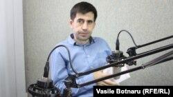 Iulian Ciocan la microfon