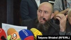 Владимир Кехман на общественных слушаниях