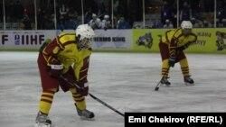 Кыргызстандын хоккей курамасы.