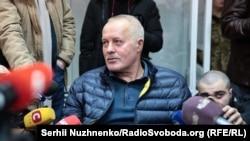 Колишній голова Генерального штабу Володимир Замана в Печерському районному суді Києва, 25 лютого 2019 року