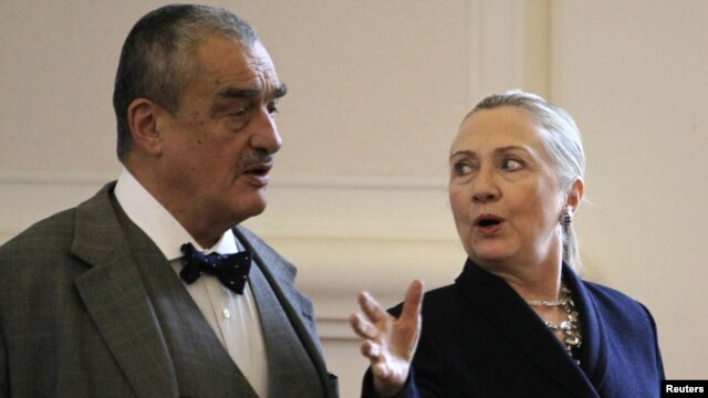 Czech Foreign Minister Karel Schwarzenberg and U.S. Secretary of State Hillary Clinton in Prague