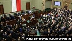 Pamje nga Parlamenti i Polonisë