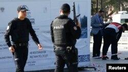 Сотрудники сил безопасности Турции. Иллюстративное фото.