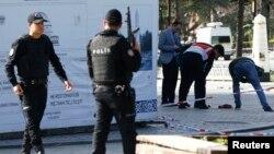 نیروهای پلیس ترکیه در نزدیکی محل انفجار در دیماه سال گذشته